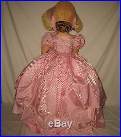 1955 Mme Alexander 31 HP & Vinyl Mary Ellen Doll in FAO Schwarz Excl. Gown MJ27