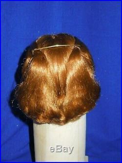 Beautiful vintage auburn wig, short chignon Madame Alexander 20 Cissy doll