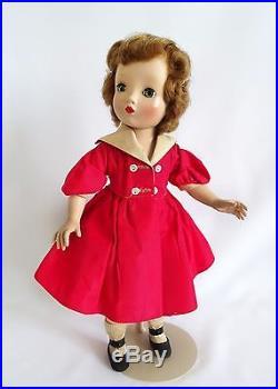 FABULOUS! JUST GORGEOUS Vintage WINNIE WALKER Doll By Madame Alexander 1950's