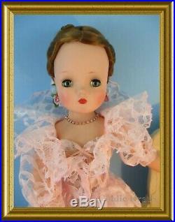 Gorgeous Vintage Madame Alexander Cissy Doll