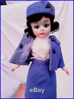 MADAME ALEXANDER 1963 HARD PLASTIC JACQUELINE KENNEDY DOLL #894 Jackie CISSETTE