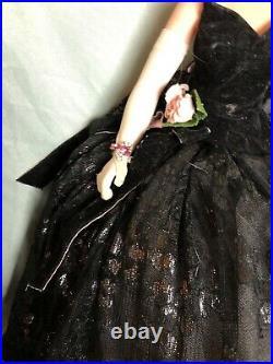 MADAME ALEXANDER 20 Onyx Velvet Lace Gala Limited Edition 787/2500