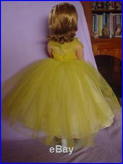 Madame Alexander Vintage Hard Plastic Cissy Doll In Mint Lemon Yellow Gown
