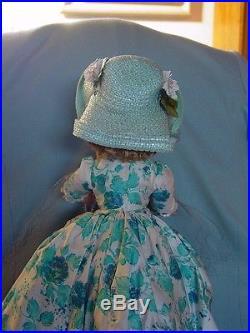 Madame Alexander Vintage Hard Plastic Cissy Doll Mint In Box With Hat Box! Superb