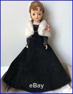 Madame Alexander 20 Cissy Doll w Red Hair In Original Black Velvet Evening Gown