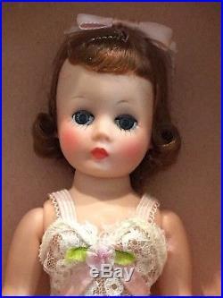Madame Alexander Beautiful Vintage Cissette in Original Box