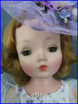 Madame Alexander Cissy Doll Summertime In Lavender Floral Outfit