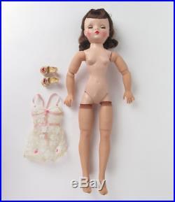 Madame Alexander Cissy doll brunette brown eyes vtg lace chemise heels box