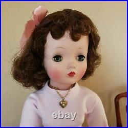 Madame Alexander Cissy, gorgeous matte face & coloring, no clothing! Cute