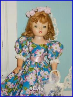 Madame Alexander Vintage Cissy Apple Blossom Spring
