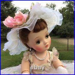 Madame Alexander Vintage Cissy Doll 1958 WOW