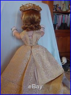Madame Alexander Vintage Hard Plastic Queen Elizabeth Cissy Doll Lots Of Jewelr
