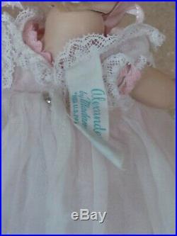 Madame Alexander kins baby Wendy walker Little Genius doll SLW caracul restrung
