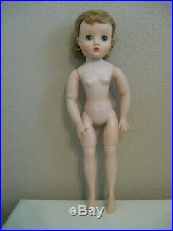 Pretty Vintage Madame Alexander Elise Doll To Dress