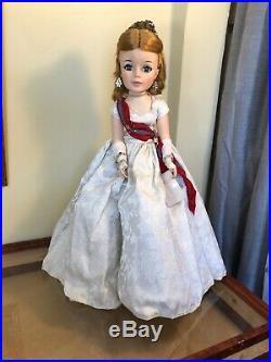 RARE Vintage 1962 Madame Alexander Cissy Jacqueline face Doll QUEEN ELIZABETH