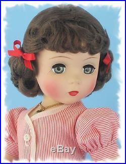 STUNNINGLY Adorable 1950-51 Strung 18 Brunette Vintage Madame Alexander MAGGIE