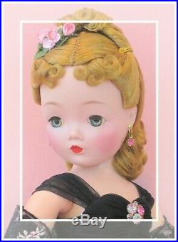 Simply Stunning Vintage Madame Alexander Cissy. Breathtaking As Always