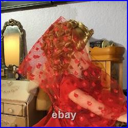 Spectacular Vintage Madame Alexander Cissy LADY IN RED Ready for Christmas