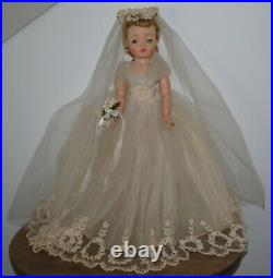 Stunning 20 Madame Alexander Cissy Bride Doll #2280