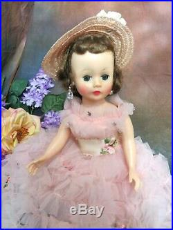 VINTAGE 1950s MADAME ALEXANDER CISSETTE DOLL Brunette tagged LONG PINK dress