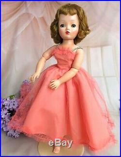 VINTAGE 1950s Madame Alexander CISSY DOLL in TAFFETA TULLE DRESS 20 Tosca hair