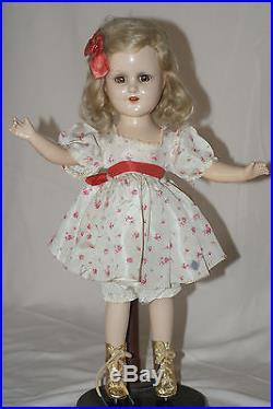 Vintage 14 Madame Alexander Sonja Henie Composition Ice Skater Doll (K)