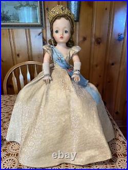 Vintage 1950s Madame Alexander Cissy Queen Elizabeth II Doll 20