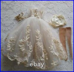 Vintage 1958 Madame Alexander Cissette Bride Outfit Wreath Pattern Wedding Dress