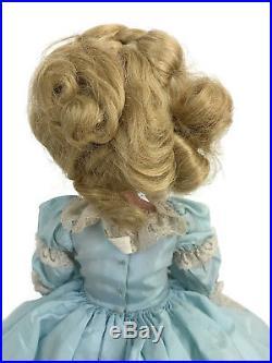 Vintage 1966 Madame Alexander Coco 21 Melanie Vinyl Portrait Doll Blue Tagged