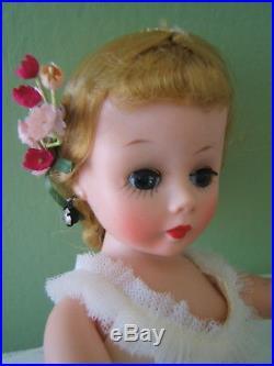 Vintage 50's Mme Alexander 10 Cissette White Ballerina Doll AO in Box