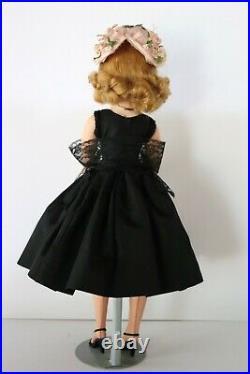 Vintage Cissy Doll Black Widow All Original MINT