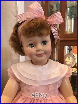 Vintage MADAME ALEXANDER 36 Cinnamon Hair Curly Top JOANIE Playpal Type Doll