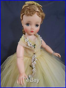 Vintage Madame Alexander CISSY 1958 Lemon Tulle HTF Dressed Doll A/O