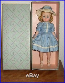 Vintage Madame Alexander Cissette Doll 9 Tall Has Box + Wearing Blue