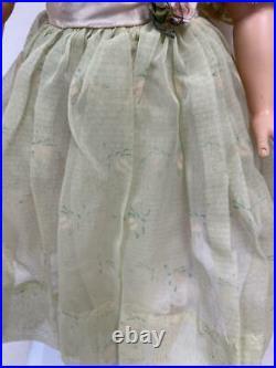 Vintage Madame Alexander Cissy Doll In Green Organdy Garden Party Dress