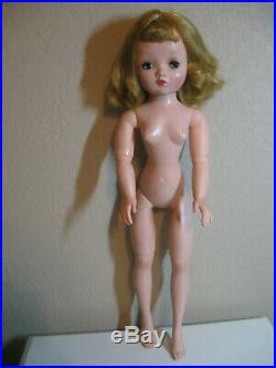 Vintage Madame Alexander Cissy Doll With Great Coloring