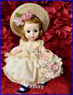 Vintage Madame Alexander Kin Dolls (BKW)